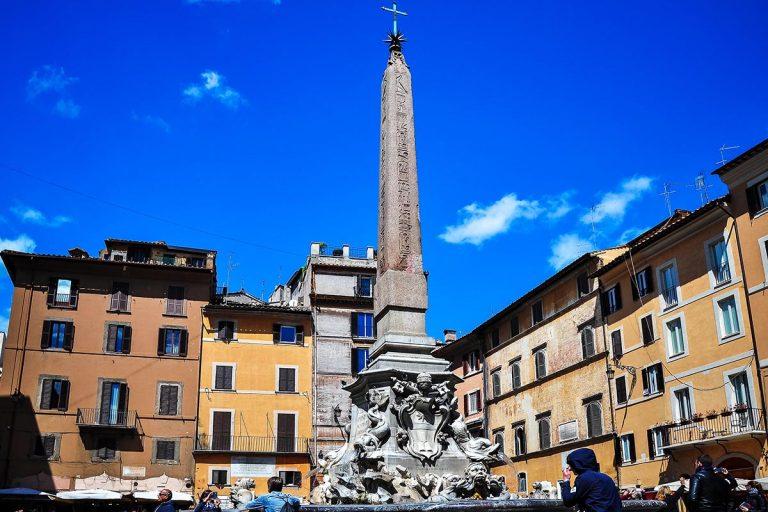 Fontana del Pantheon - Fontanna Panteonu